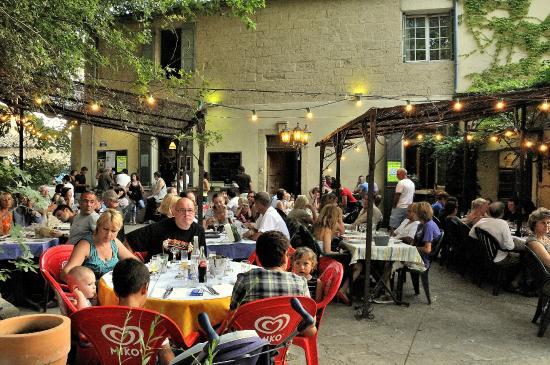 La Terrasse Exterieure Et Son Ambiance Guinguette Picture Of La