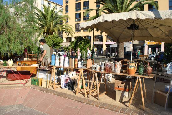блошиный рынок на тишинской площади: