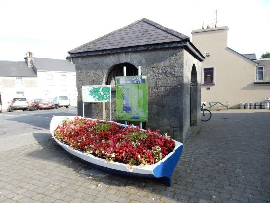 Clonbur, Irlanda: Развилка дорог