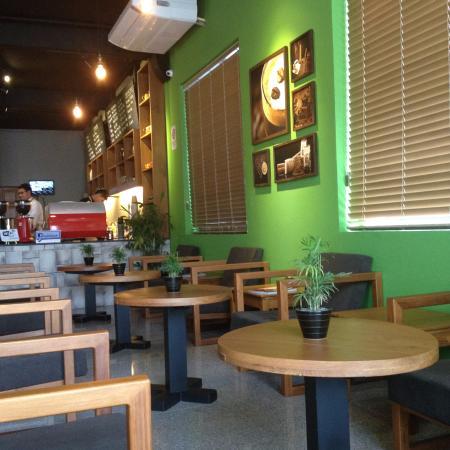 NOVA Coffee: The interior