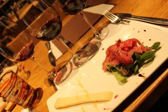 The Venetian Vine : Wine tasting and bites