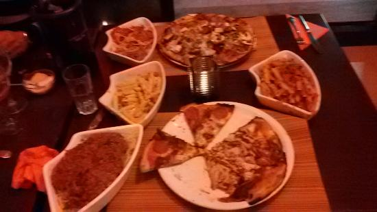 Muttleys Pub & Diner