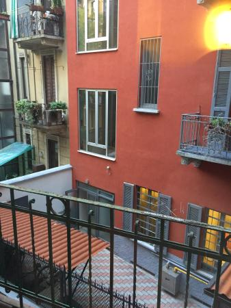 Hotel Del Corso: Комната и вид из окна.