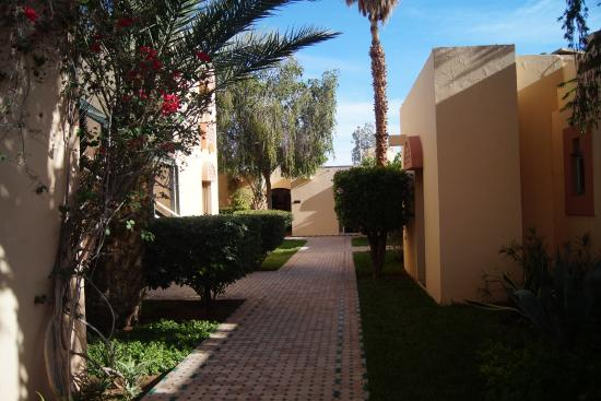Hotel Karam Palace : alleys to the room