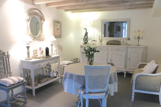 Villiers, Francia: salle