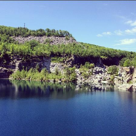 Websterville, VT : Large quarry off the road right near Millstone Hill