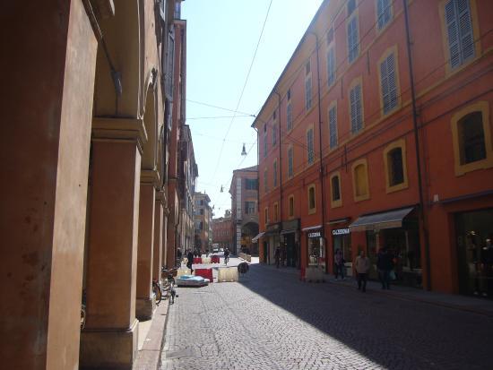 Via Emilia Centro