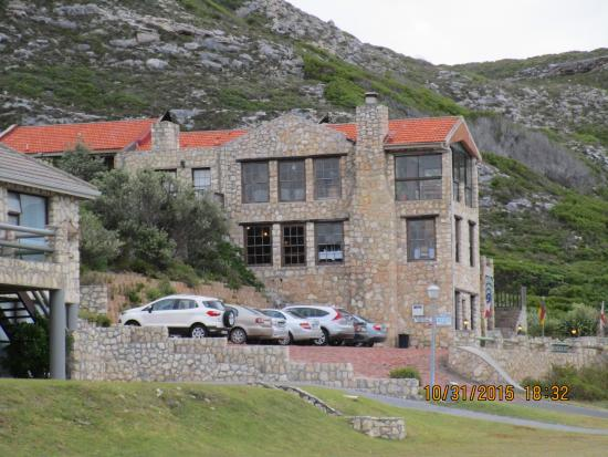 Agulhas Country Lodge: Lovely stone lodge