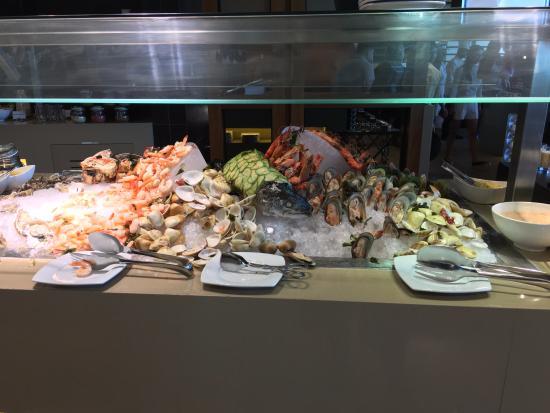 Seafood Bar - Jing Asia - Crowne Plaza - Abu Dhabi