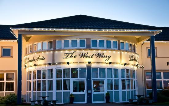 Tuam, Irland: The West Wing Restaurant