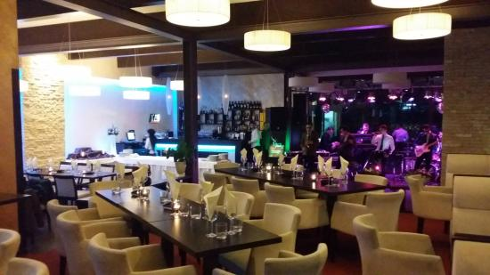 Vitraj Restaurant & Lounge