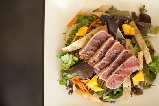 Keo Restaurant: Ahi Tuna Salad