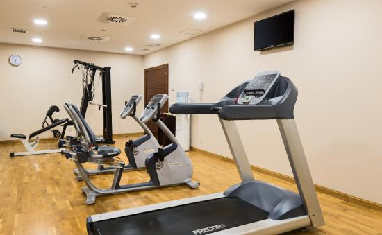 NH Marbella: Gym