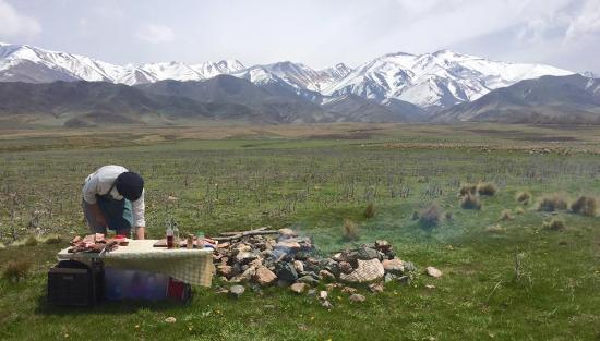 Estancia La Alejandra: Matias preparing the barbecue