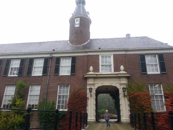 hoofdingang naar kasteel   Picture of NH Heemskerk Marquette, Heemskerk   TripAdvisor
