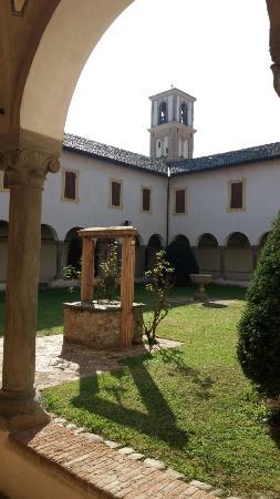 Abbazia benedettina di S. Maria della Neve di Torrechiara