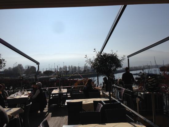 San Marco: belle terrasse vue sur le lac