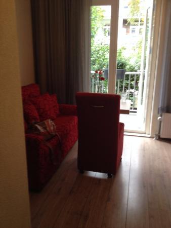 Alp Hotel Amsterdam: Camera 1° piano