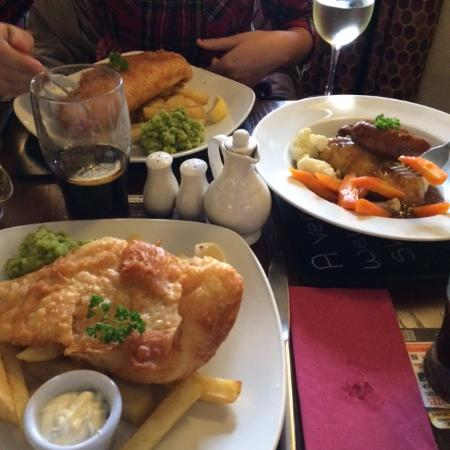 Shepherds Inn Langwathby: Lovely Fish and Chip meals with Cumberland Sausage alternative