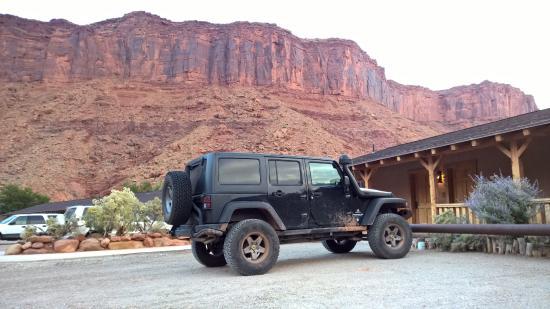 Red Cliffs Lodge: Auto perfetta  per il luogo