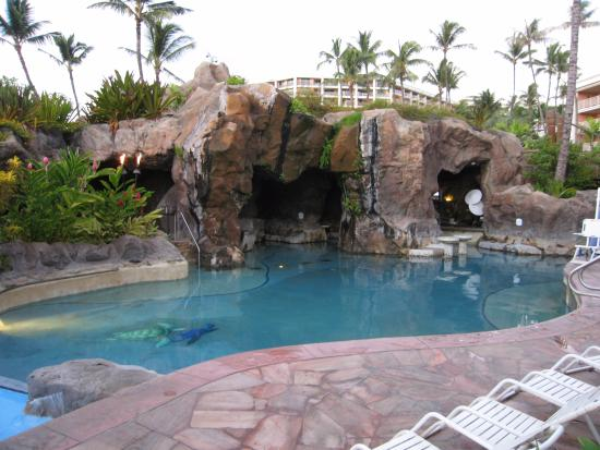 grand wailea a waldorf astoria resort swim up pool bar within the grotto - Swimming Pools With Grottos