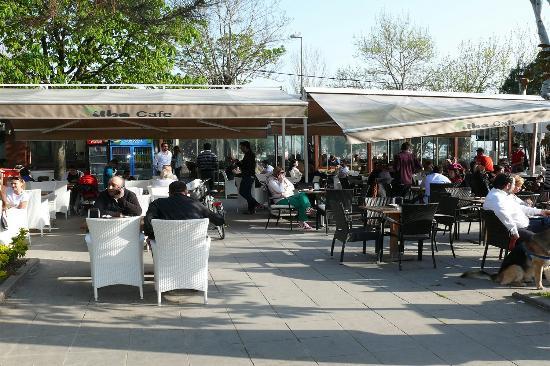 Tilbe Cafe