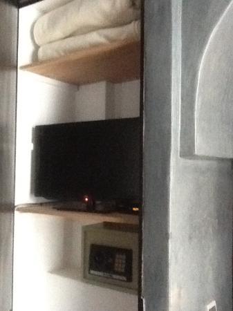 Riad Akka: TV