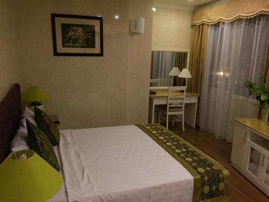 Danly Hotel Picture