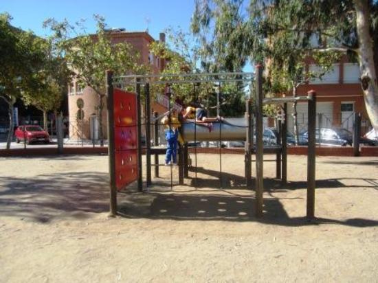 El Parc del Pinaret : Игровые площадки