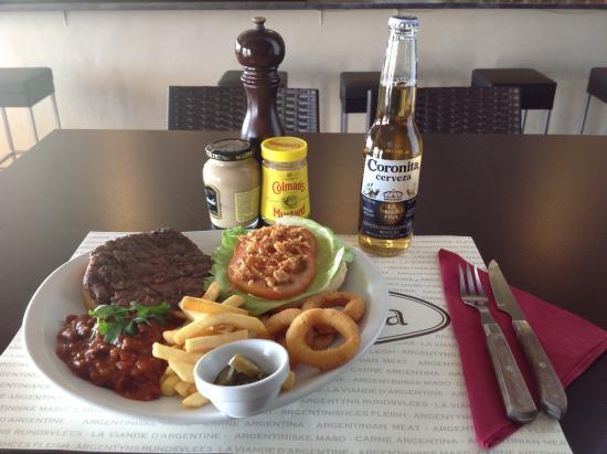 La Cabana Bar & Grill : La Cabaña