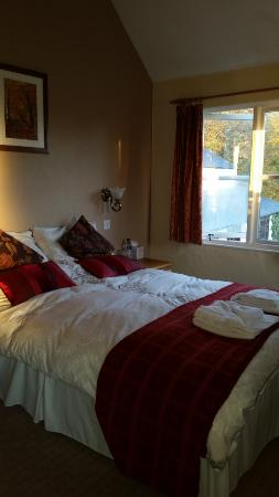 The Carew Arms : Lovely bed