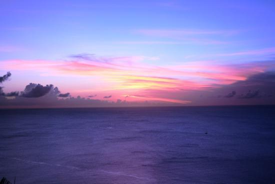 Windjammer Landing Villa Beach Resort: Sunset from Villa 414