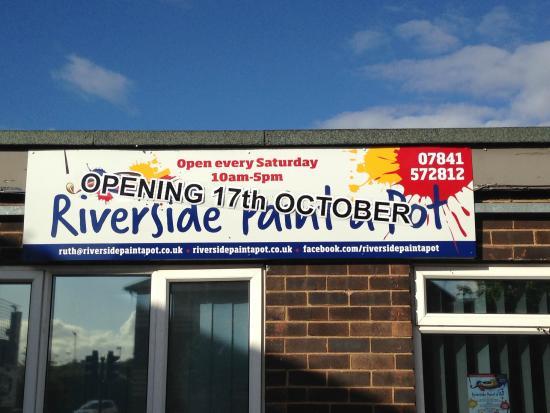 Riverside Paint a Pot