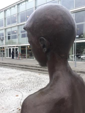 anmeldelser arab nøgen nær ved Aarhus