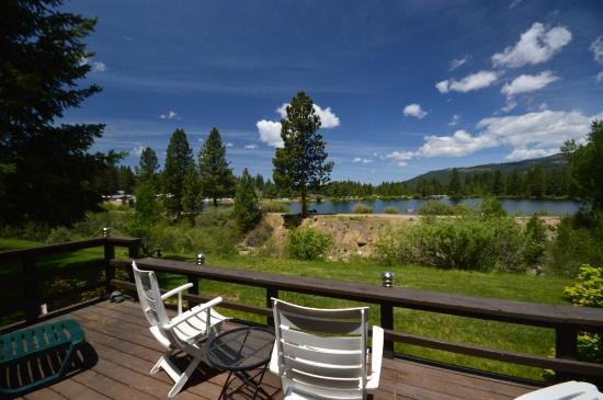 Graeagle Meadows Vacation Rentals & Real Estate : Vacation Home Overlooking Millpond