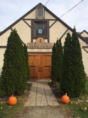 Litchfield, CT: Front door
