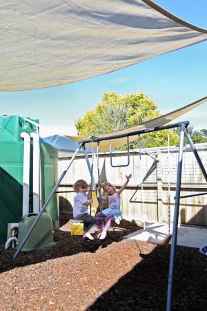 Matariki Motor Lodge: Childrens play area