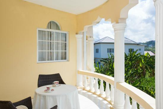 Double Bedroom Private balcony