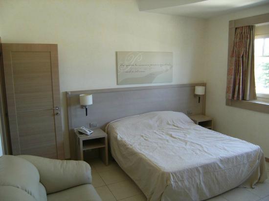 Hotel Giardino degli Aranci: camera
