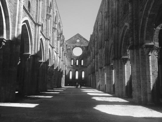 Ciciano, Italia: Nearby place to visit - St Galgano Abbey