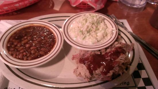 Fat Buddies Ribs & BBQ: Small portions for $