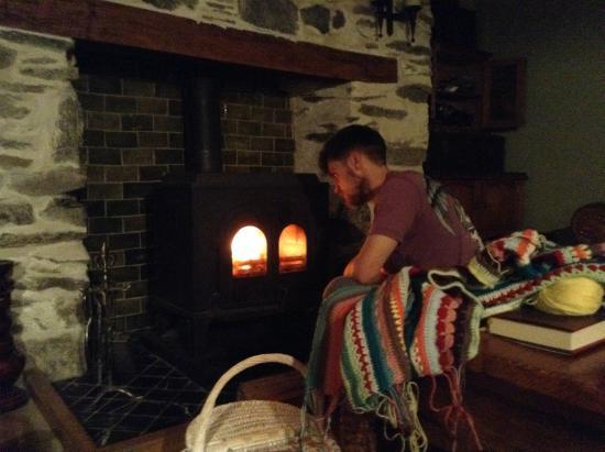 Pont-Rhyd-y-Groes, UK: Cosy crochet