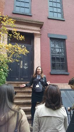 Boroughs Of The Dead: Macabre New York City Walking Tours: Haunted Brooklyn Heights Tour, October 2015
