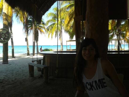 Cabanas Maria Del Mar: Aquí se sirve el desayuno. Hermosa vista