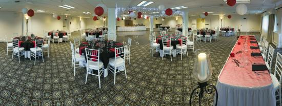 Black Bear Inn and Conference Center: Ballroom