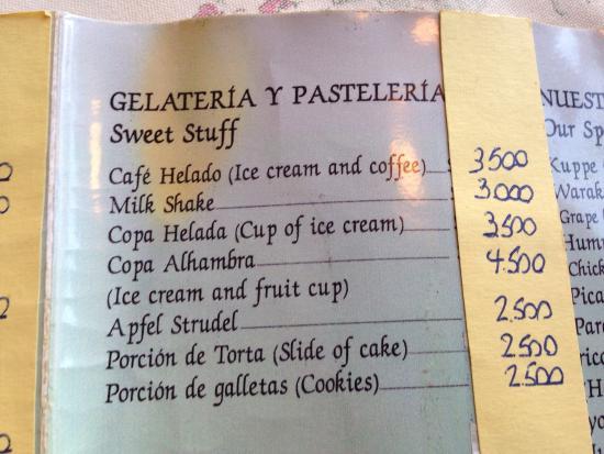 Cafe La Alhambra: Local y menues