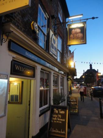 The Three Tuns: Outside the pub
