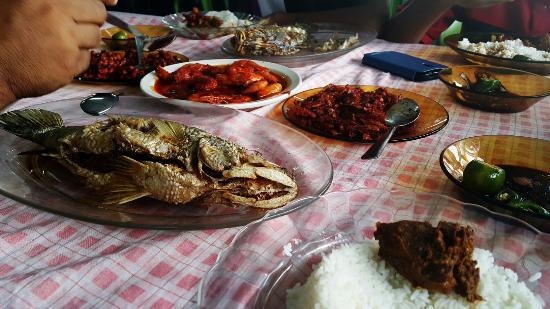 Pasir Gudang, ماليزيا: Kedai Makan Rahmat