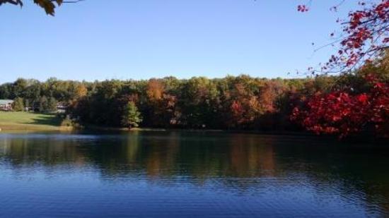 Narvon, PA: Lake