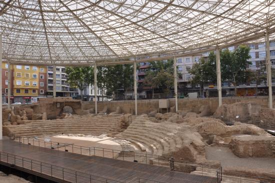 vista dle Teatro desde el interior del museo - Picture of Museo del Teatro Ro...